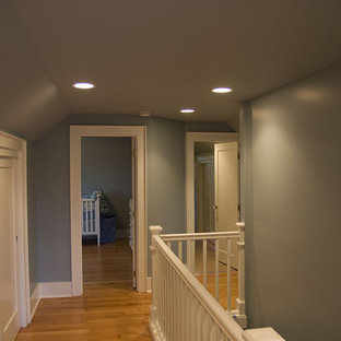 Example of a classic hallway design in Seattle