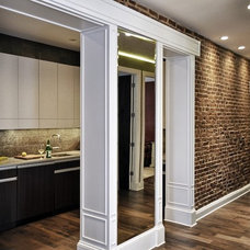 Contemporary Hall by Leib Designs