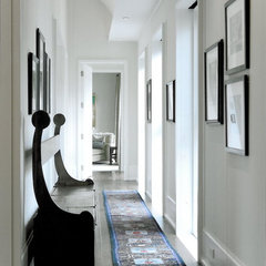 contemporary hall by SemelSnow Interior Design, Inc.
