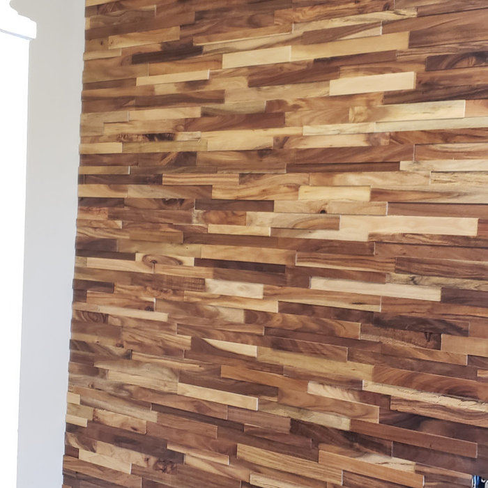 Manassas Wood Plank Wall