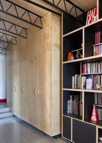 コンテンポラリー 廊下 by Brickworks Building Products