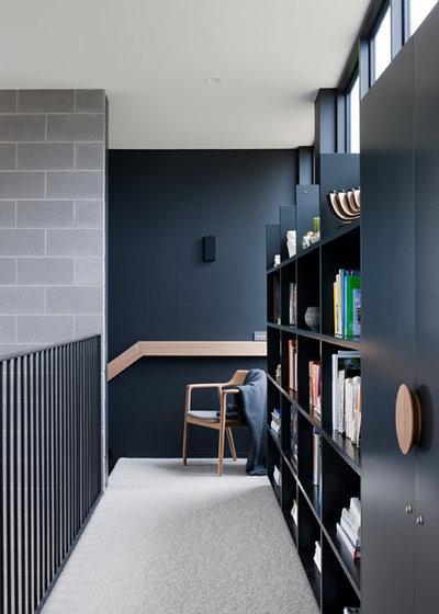 Contemporain Couloir by INLITE