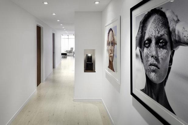 Contemporain Couloir by Bigtime Design