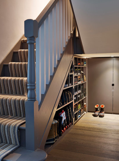 Contemporary Hallway & Landing by Ensoul Ltd