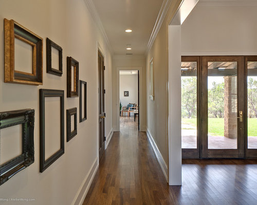Empty Frames Design Ideas & Remodel Pictures | Houzz