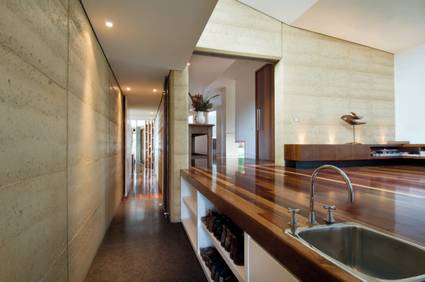 Modern Hall by Mihaly Slocombe