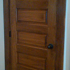 It is a Poplar horizontal 5-panel solid wood door. This design is excellent for colonial country and craftsman style homes. & Poplar Doors | Houzz