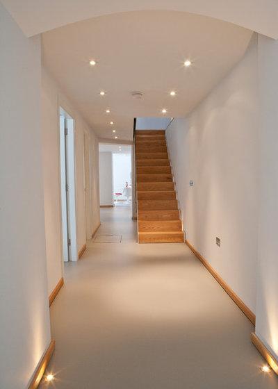 Modern Corridor by Godsmark Architecture Ltd