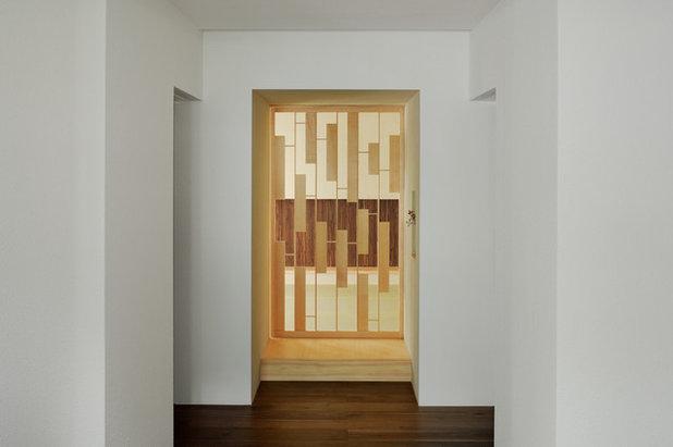 モダン 廊下 by FORM|KOICHI KIMURA ARCHITECTS