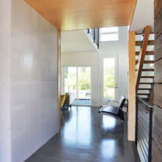 Contemporary Hall by B9 Architects Inc