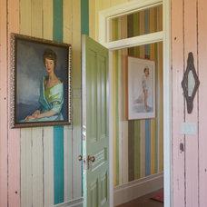 Traditional Hall Houzz Tour: Memory House