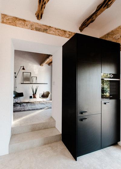 Mediterráneo Recibidor y pasillo by Ibiza Interiors   architect & interior designer