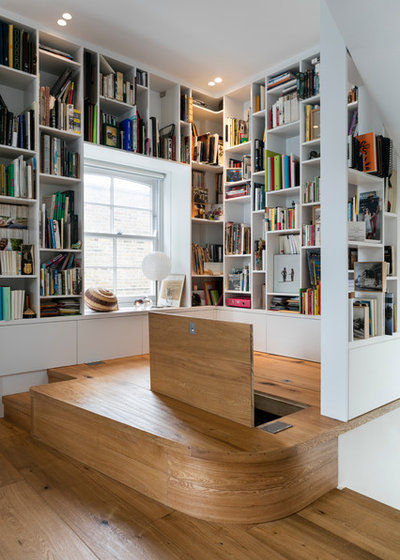 Contemporain Couloir by Shade Abdul Architecture