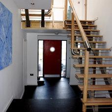 Modern Hall by kbjarchitects.co.uk