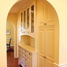 Mediterranean Hall by Wood Works Fine Custom Cabinetry Inc