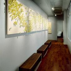Modern Hall by Cravotta Interiors