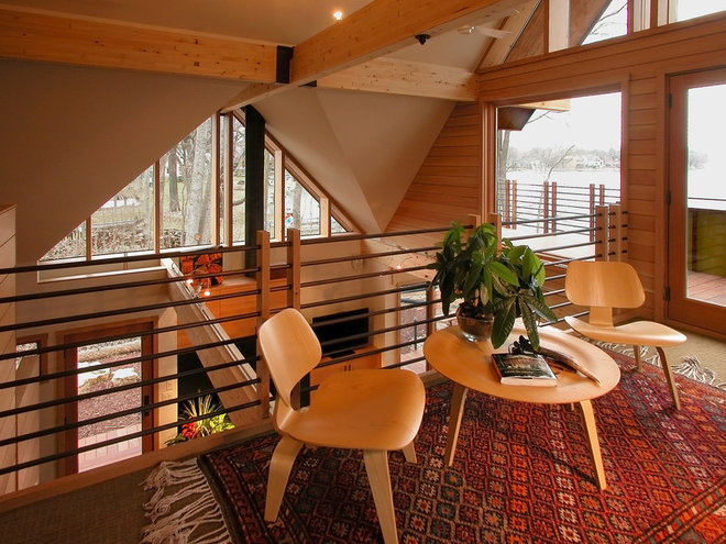 Eclectic Hall by GMK Architecture Inc