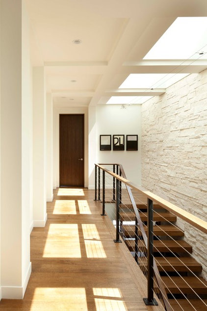 Modern Hall by Andrea Swan - Swan Architecture