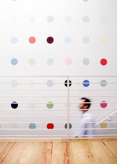 Modern Flur by Jon Andersen Interiors