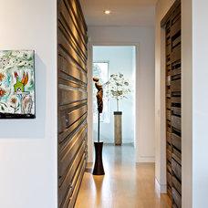 Modern Hall by Swiss Milk Studio