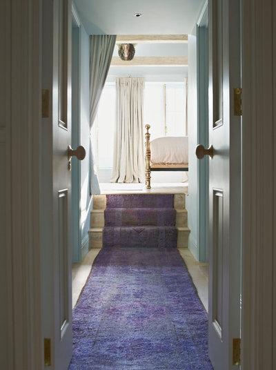Classique Couloir by Godrich Interiors