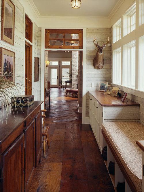 Farmhouse Addition Home Design Ideas Pictures Remodel And Decor: Farmhouse Hallway Design Ideas, Pictures, Remodel & Decor