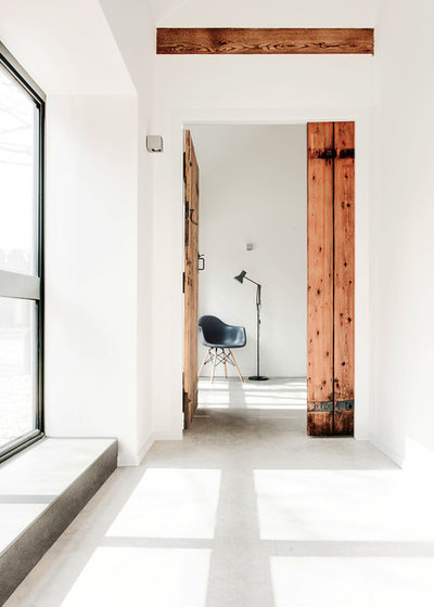 Scandinavian Hall by AR Design Studio Ltd