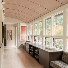 Modern Hall by Sharon Portnoy Design
