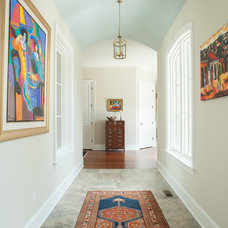 Traditional Hall by Hood Herring Architecture Pllp