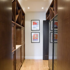 Modern  by Martinkovic Milford Architects