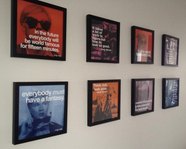 Moderno Recibidor y pasillo by Colour Confidence Interiors