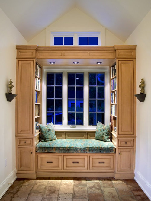 Book nook home design ideas pictures remodel and decor for Hall window design