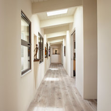 Contemporary Hall by Allen Construction