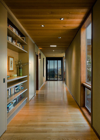 Contemporary Hall by Koch Architects - Joanne Koch