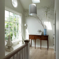 traditional hall by Heydt Designs