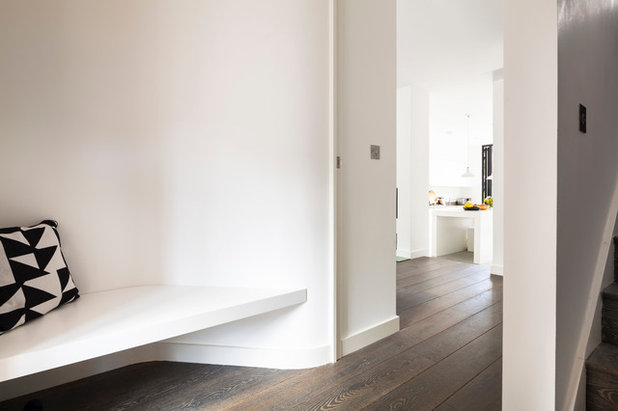 Contemporary Hallway & Landing by Scenario Architecture