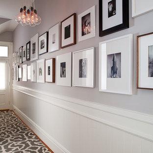 Ispirazione per un ingresso o corridoio moderno