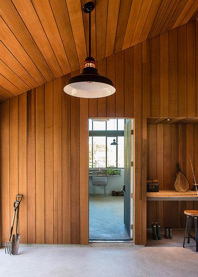 Farmhouse Hall by Jobe Corral Architects