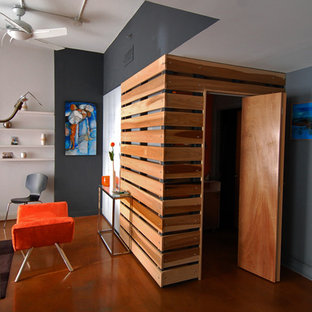 Example of a minimalist hallway design in Charlotte