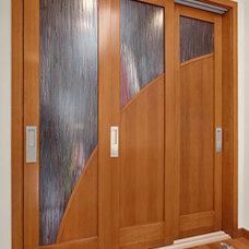 Modern Hall by Signature Designs Kitchen & Bath