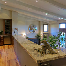 Contemporary  by Pacific Coast Builders