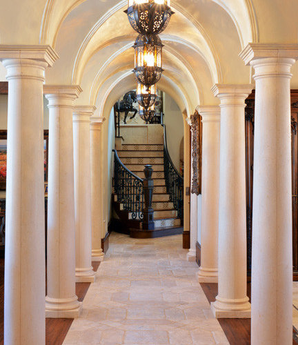 Victorian Hallway: Victorian Dallas Hallway Design Ideas, Pictures, Remodel