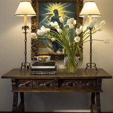 Traditional Hall by Amy Noel Design