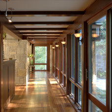 Traditional Hall by TEA2 Architects