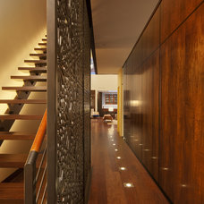 Modern Hall by SPG Architects