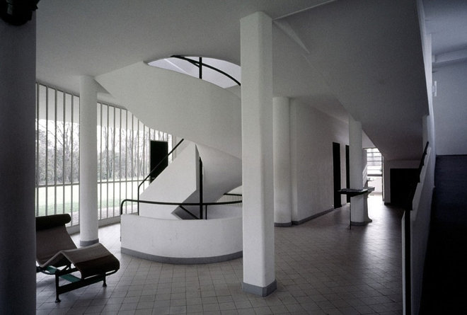 Contemporary Hall Must-Know Moderns