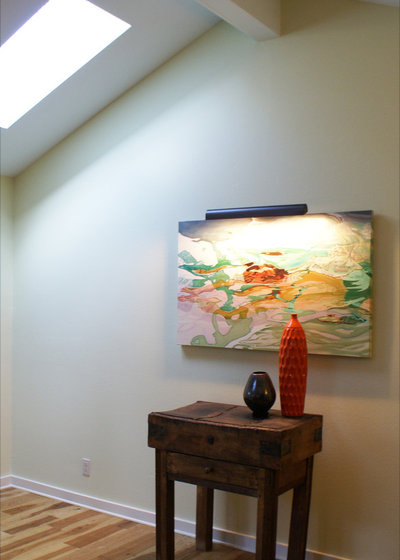 Traditional Hall My Houzz: Eclectic and Colorful in Central Austin