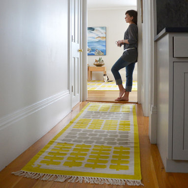 Nectar Hallway - A modern twist on the checkerboard pattern, rows of organic geometric forms alternate into a classic grid. angela adams hand-woven wool rugs are created using a flat weave construction with uniform texture making for a versatile floor covering when a flat rug is needed. Made of 100% New Zealand wool.