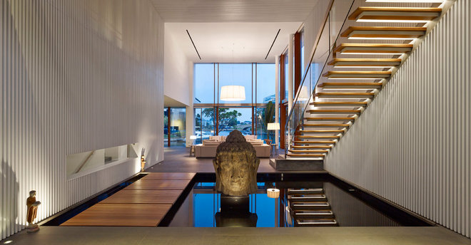 Contemporary Corridor by Greg Shand Architects