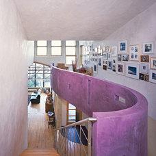 Modern Hall by WA design